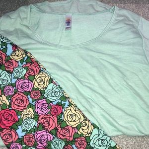 LuLaRoe outfit XS Classic and Tween leggings
